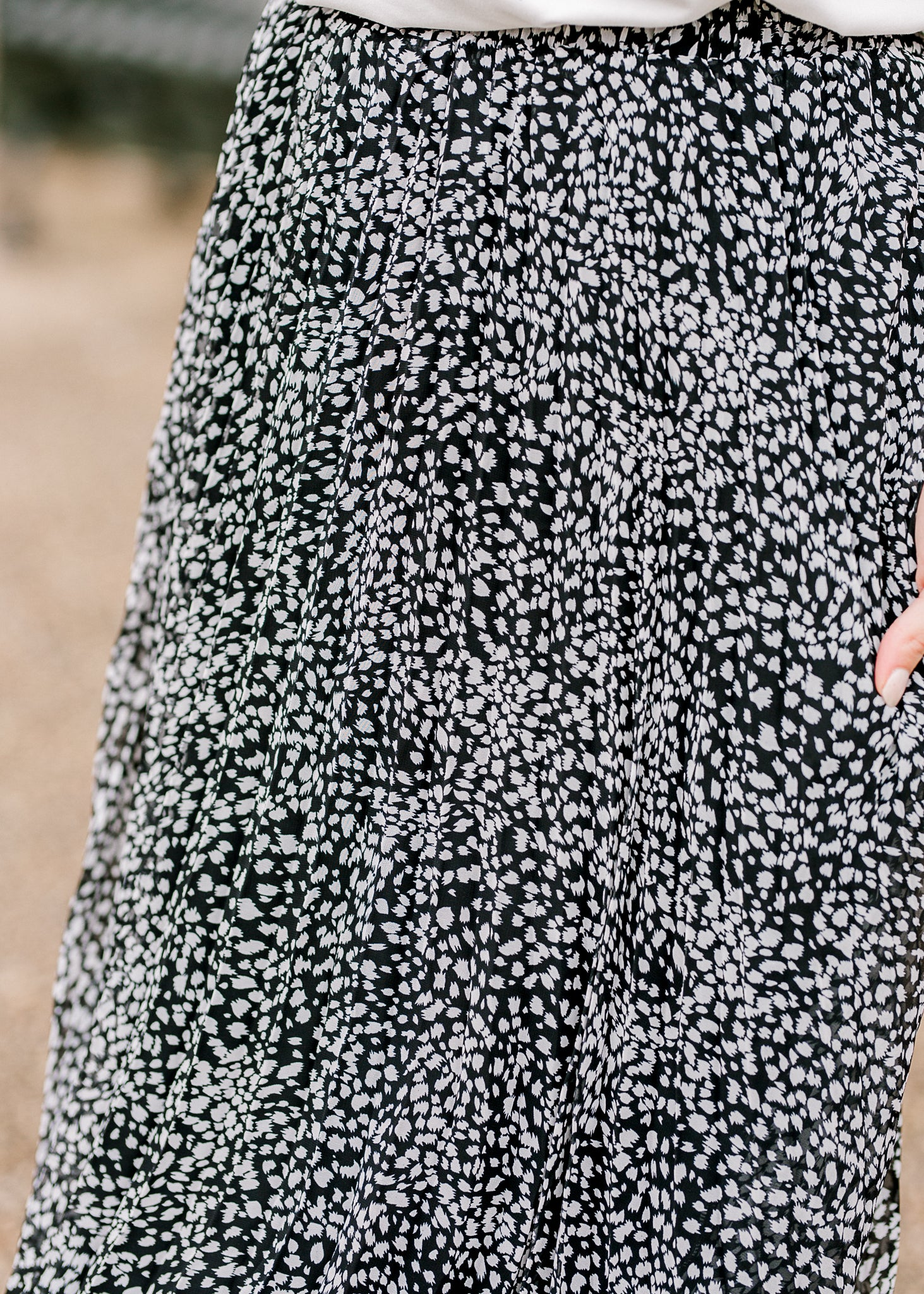 details of midi skirt - epiphany boutiques