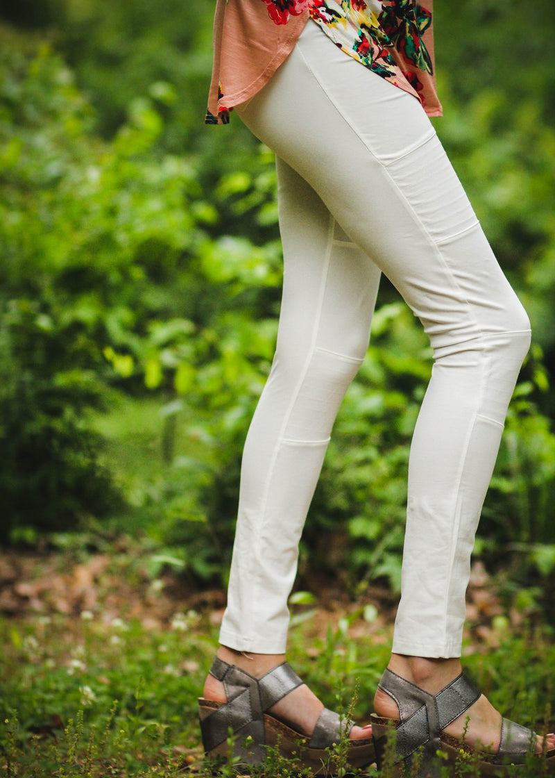 white summer leggings - epiphany boutiques