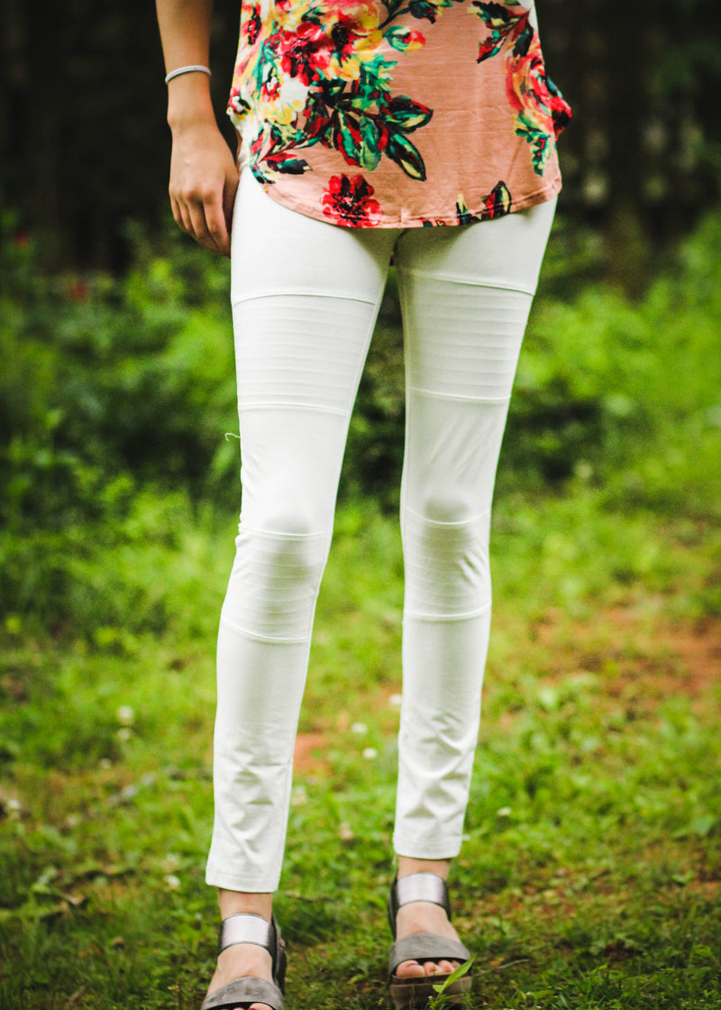 white pull on leggings - epiphany boutiques