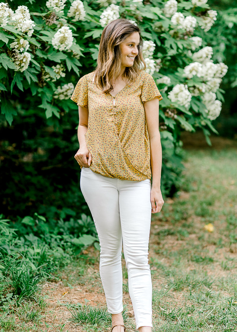v neck top with floral - epiphany boutiques