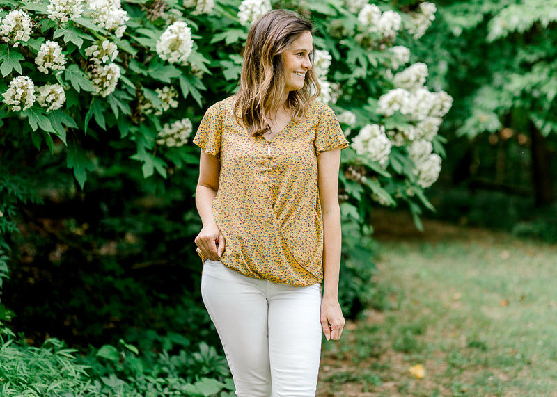 short sleeve floral top in mustard - epiphany boutiques