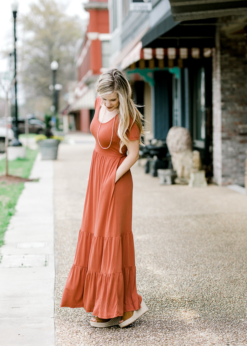 maxi dress with pockets - epiphany boutiques
