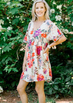 short sleeve floral dress with v neck -  epiphany boutiques