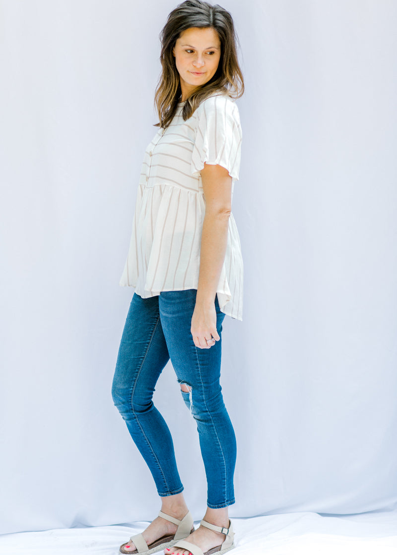 cream short sleeve top - epiphany boutiques