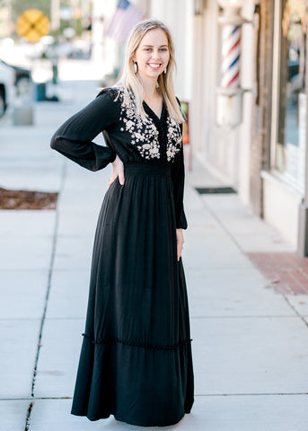 The Black Pom Maxi