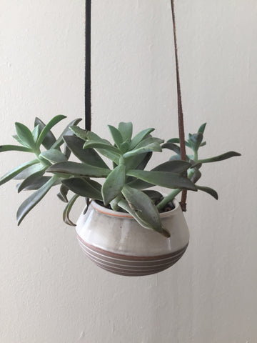 Hanging Planter- Veak Ceramics