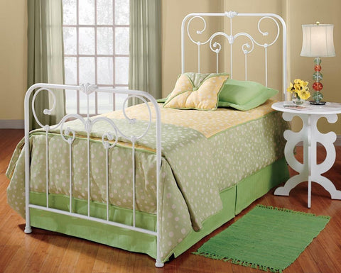 Hillsdale Furniture 277BTW Lindsey Bed Set - Twin - w/o Rails - HillsdaleSuperStore