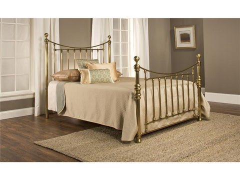 Hillsdale Furniture 1001-500 Old England Bed Set - Queen - Rails not included - HillsdaleSuperStore