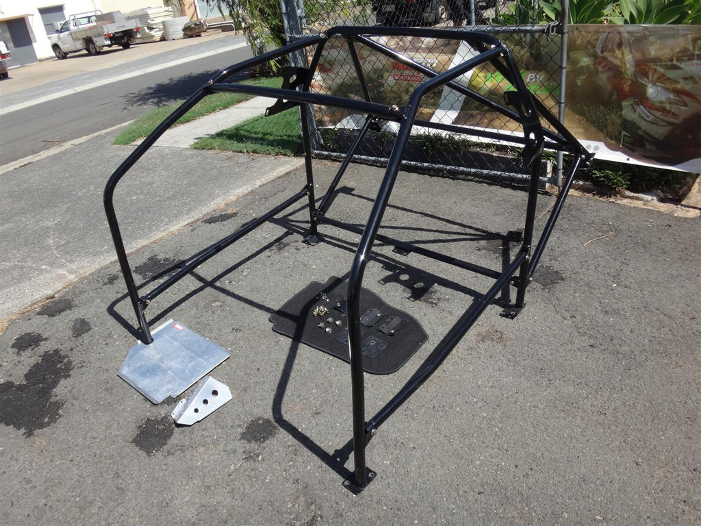 CN9A/CP9A 4/5/6/TME Carbing/Okuyama 13 Point Bolt-in Roll Cage with Heel  Plate and Footrest