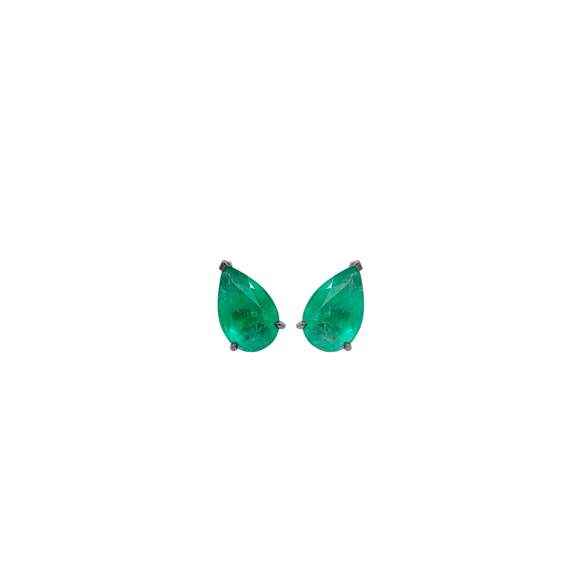 Pear Emerald Studs (Small)