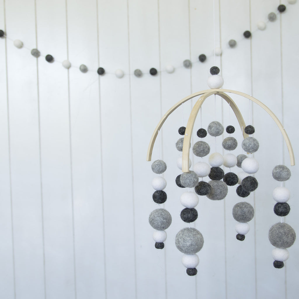 Charcoal Mobile & Garland