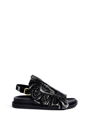 'Fussbett' ruffle patent leather sandals