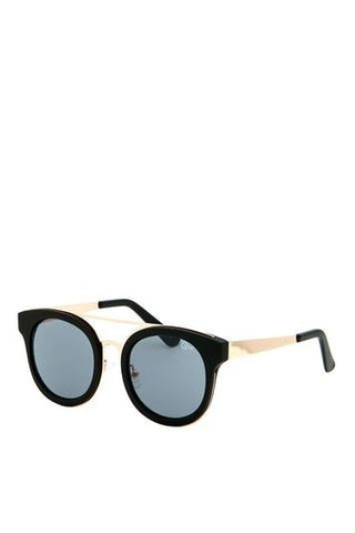 *Brooklyn Sunglasses by Quay - Black