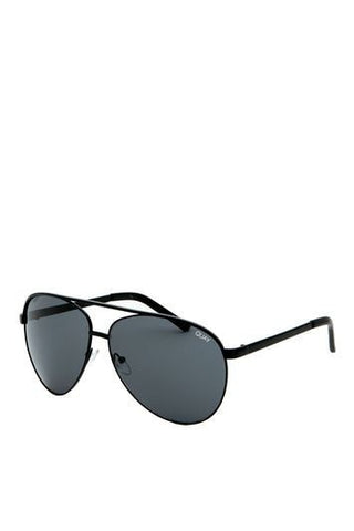 *Vivienne Sunglasses by Quay - Black