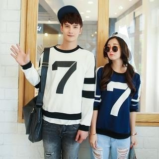 7 Print Couple Pullover