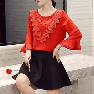 3/4-Sleeve Crochet-Panel Top / Plain A-Line Skirt