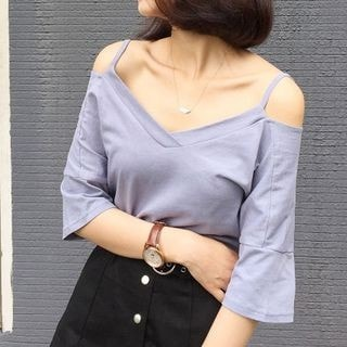 3/4-Sleeve Shoulder Cut Out T-Shirt