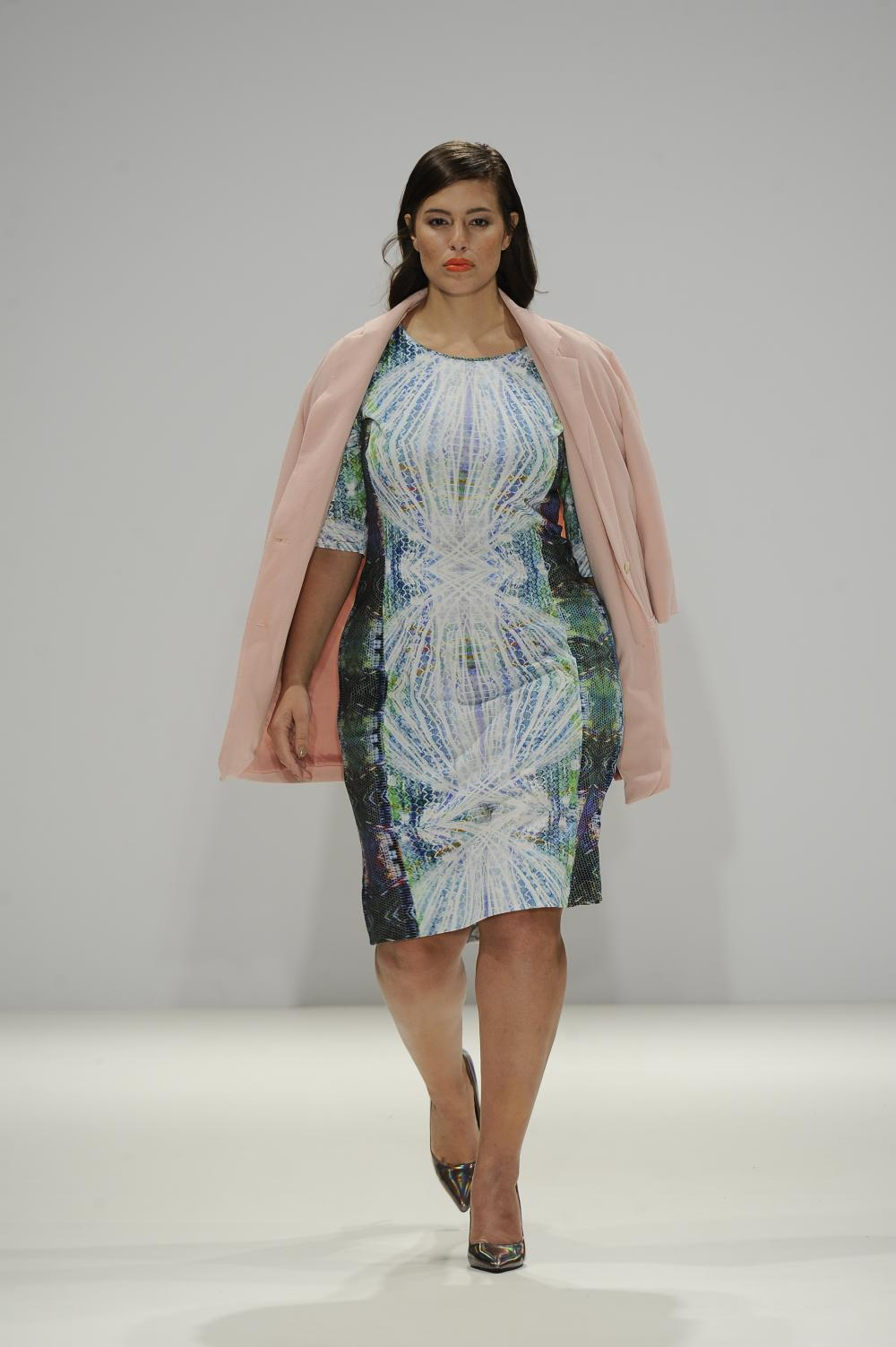 Plus Size Fashion Week UK Yvonne ShuYao