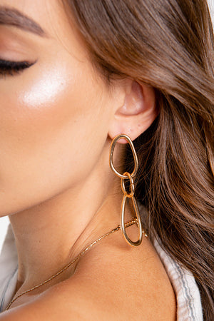 Love Link Earrings Gold