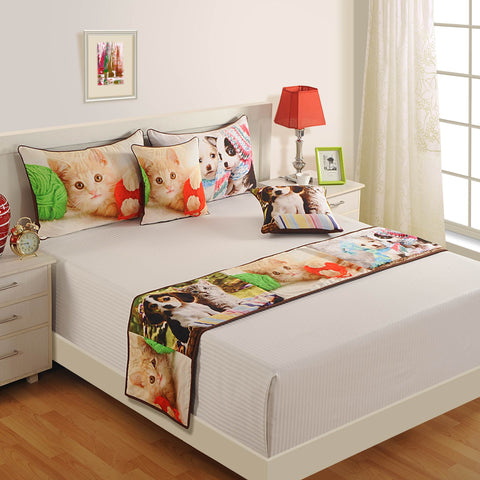 Digitally Printed Bed Accessories Set Animal Face Cat : Includes Runner, 2 Cushion Cover & 2 Pillow Cover