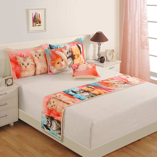 Digitally Printed Bed Accessories Set Animal Face Cat: Includes Runner, 2 Cushion Cover & 2 Pillow Cover