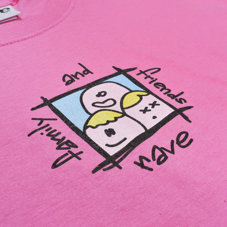 FAMILY & FRIENDS pink tee - RAVE skateboards