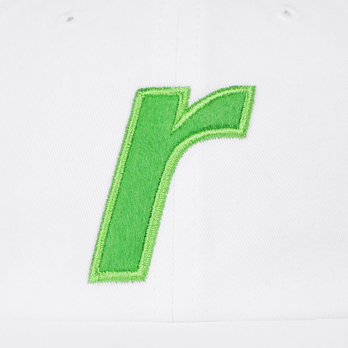 R felt logo cap white - RAVE skateboards