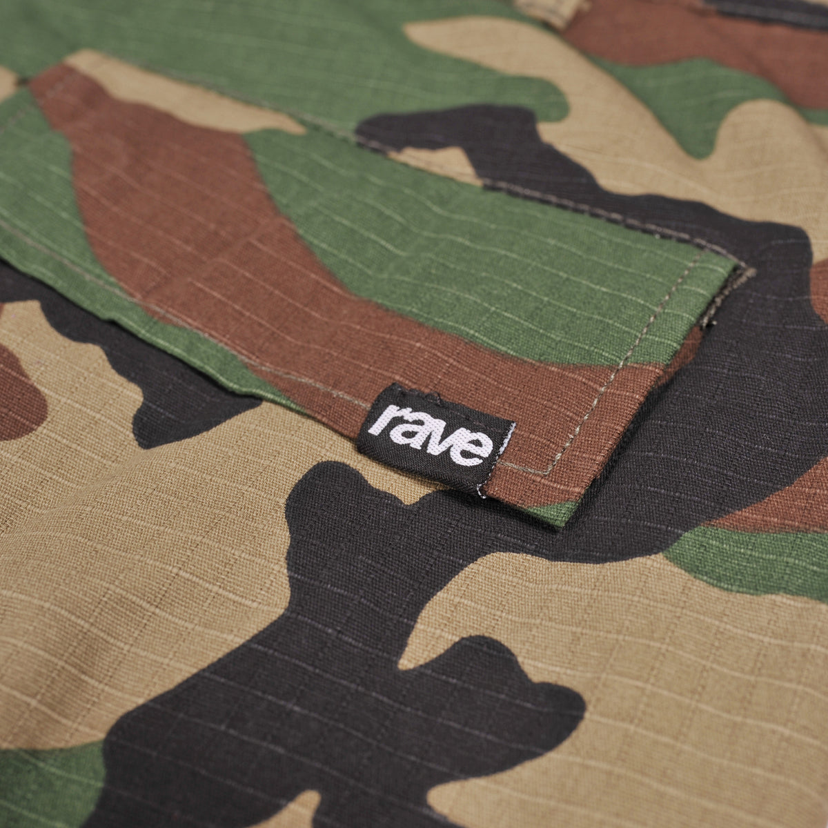 SUMMIT camo cargo pant - RAVE skateboards