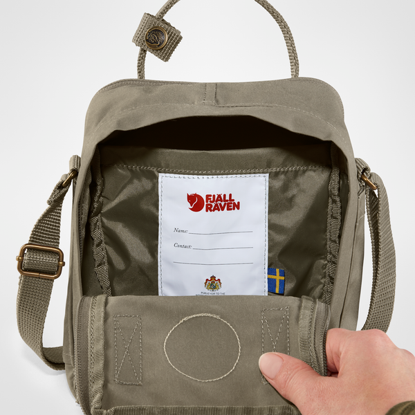 Fjallraven Kanken Sling - Ox Red.