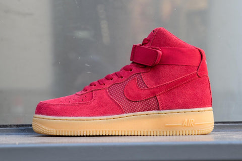 "Nike Air Force 1 07 High LV8 ""Gym Red/Gum Light Brown/Gym Red"" 806403-601"