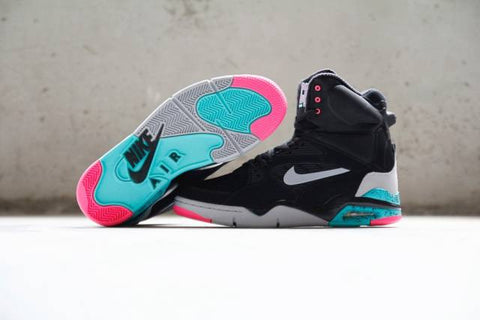 "Nike Air Command Force ""Spurs"""