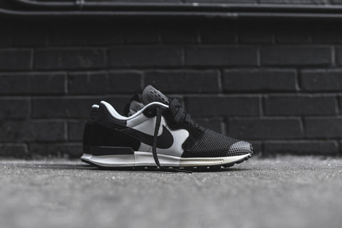 "Nike Air Berwuda ""Black/Off White/Black/Anthracite"""