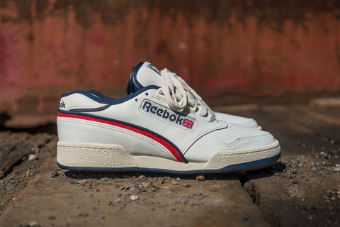 "Reebok ACT 600 85 ""Chalk / White / Red/ Navy"""