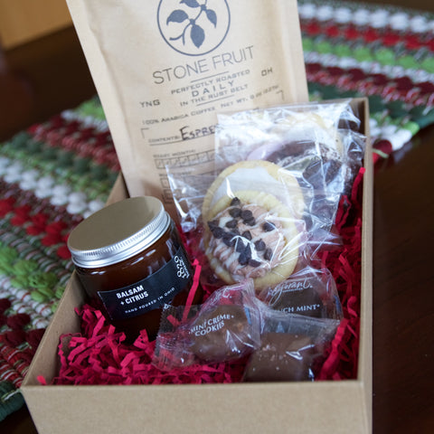 FoodECrave Small Holiday Gift Box