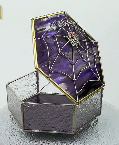 Delicious Spiderweb Glass Box Purple