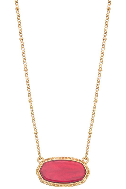Classic Looks Necklace