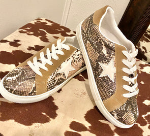 Star Days Tennis Shoes - Snake