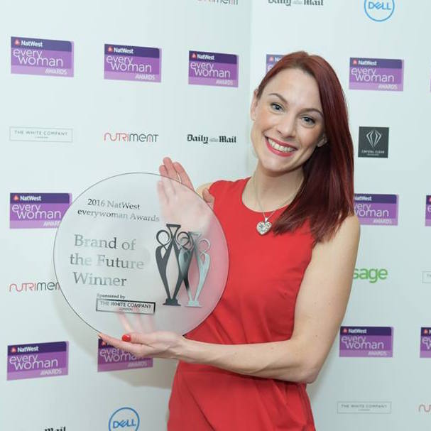 jennifer-hamley-meets-natwest-everywoman-awards-brand-of-the-future-winner-helena-hills-from-truestart-coffee