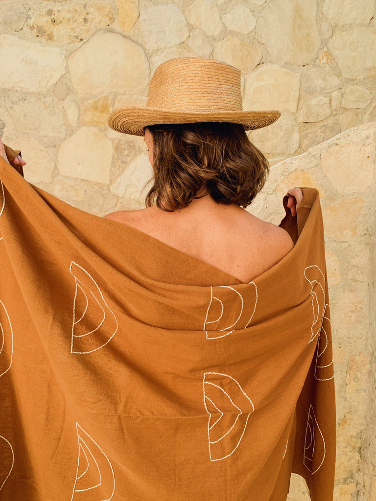 ARCHES TOWELS
