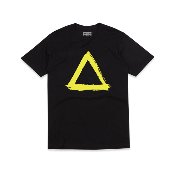 PAINTED YELLOW TRIANGLE BLACK T-SHIRT