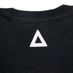 GRADIANT TRIANGLE LOGO BLACK TEE