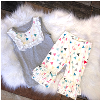 Triangles & Ruffles- Top & Capri/Bermuda Set (Pete+Lucy)