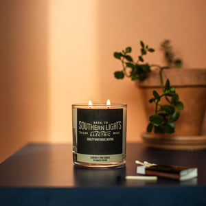 Candle- Leather & Pine