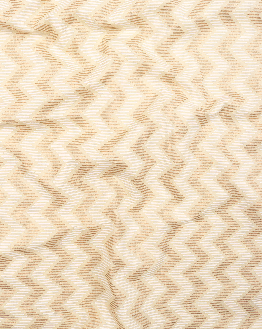 Off-White & Gold Chevron Screen Print Cotton Fabric – Fabriclore.com