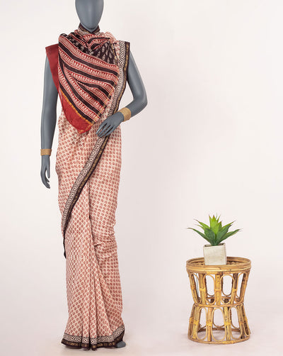 Booti Pattern Bagh Print Hand Block Zari Border Exclusive Design Chanderi Saree With Blouse - Fabriclore.com