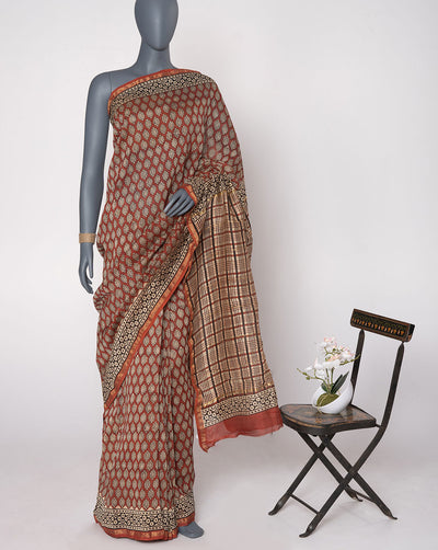 Maroon Off-White Booti Pattern Hand Block Zari Border Chanderi Saree With Blouse - Fabriclore.com