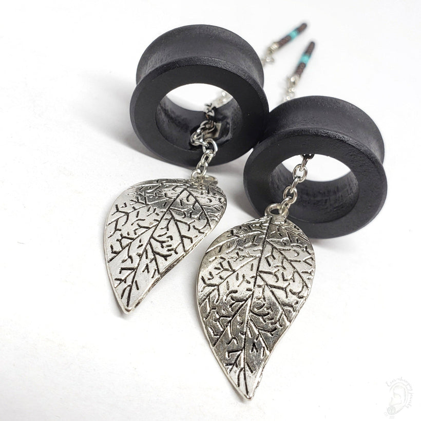 Ebony Magnetic Tunnels Ft. Detachable Silver Swaying Leaf Dangles