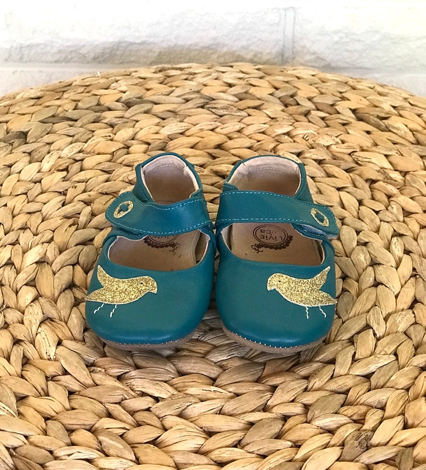 Turquoise soft leather baby Mary Jane mocs sz 12-18 mos Livie and Luca