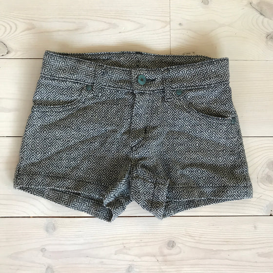 Edie Short - Black Geometric - Spring 16 Sample - size 6