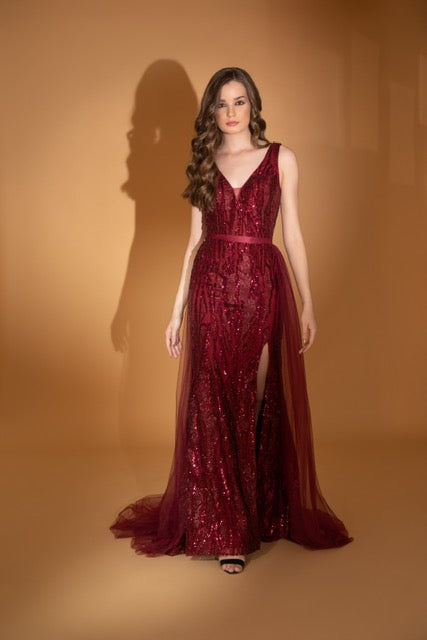 Sequins Wine Gown With Tulle Skirt